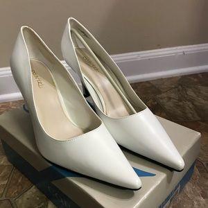 Whit stilettos